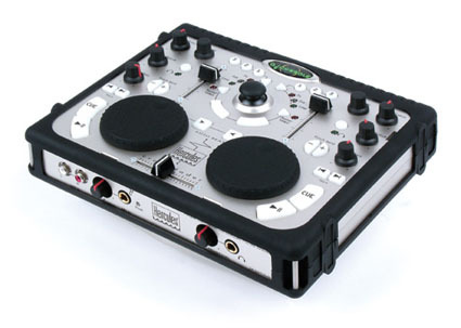 hercules_dj_console_1 by http://img.tomshardware.com
